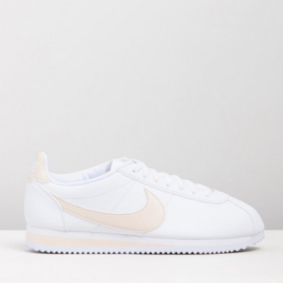 new products 13fa3 46300 New NIKE Cortez Leather Sneakers NWT